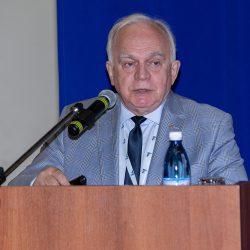 Профессор Валерий Александрович Черешнев рассказал подробнее о секции, посвященной ВИЧ-инфекции